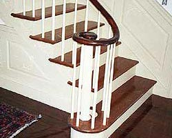 CUSTOM STAIRS WITH CONTINUOUS RAILING
