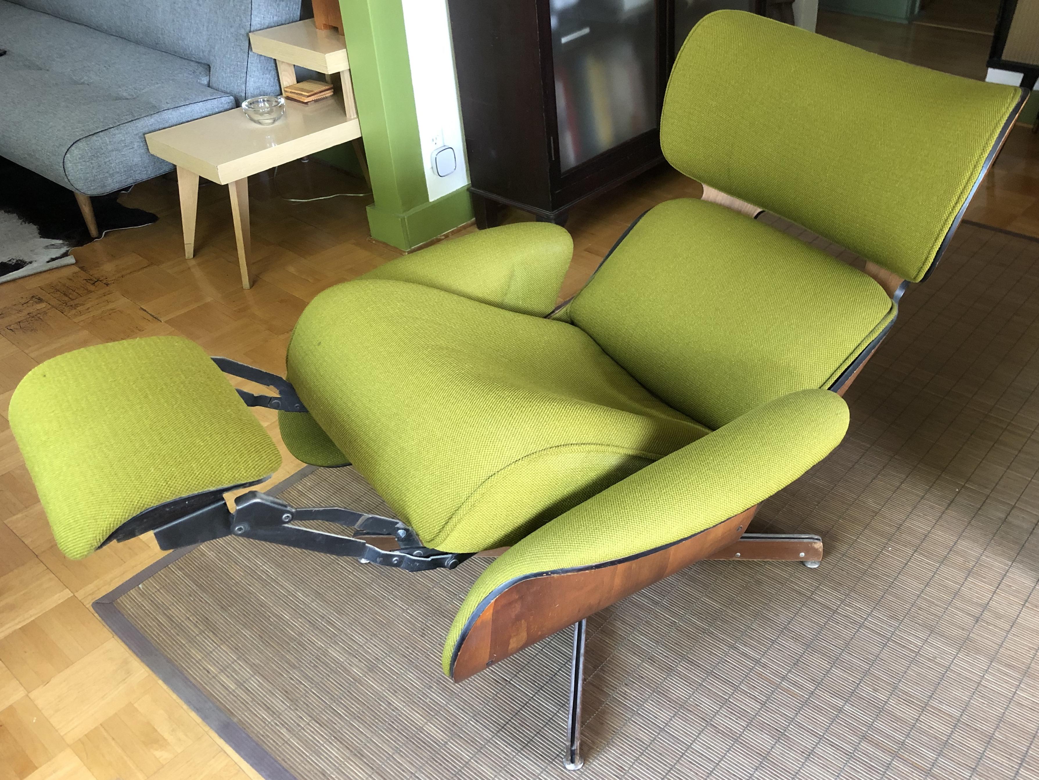 Awe Inspiring Is My Vintage Eames Chair Real Olek Restoration Ibusinesslaw Wood Chair Design Ideas Ibusinesslaworg