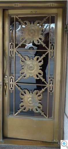 Bronze doors are restored before ... & Fabrication and Restoration of Historic Iron and Bronze Doors ... Pezcame.Com