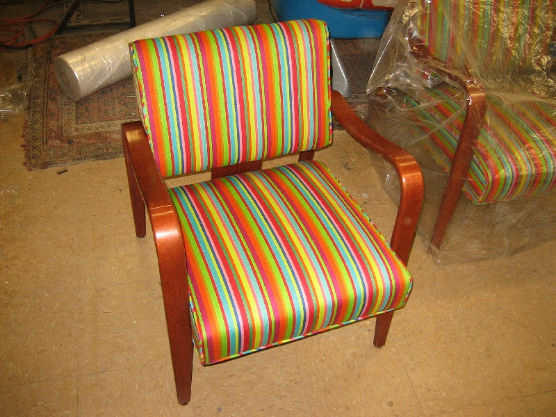 chair before refinishing and modern chair after furniture refinishing and