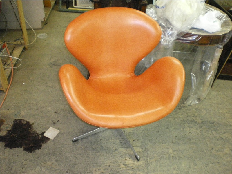 ... Arne Jacobsen Swan Chair After Reupholstery