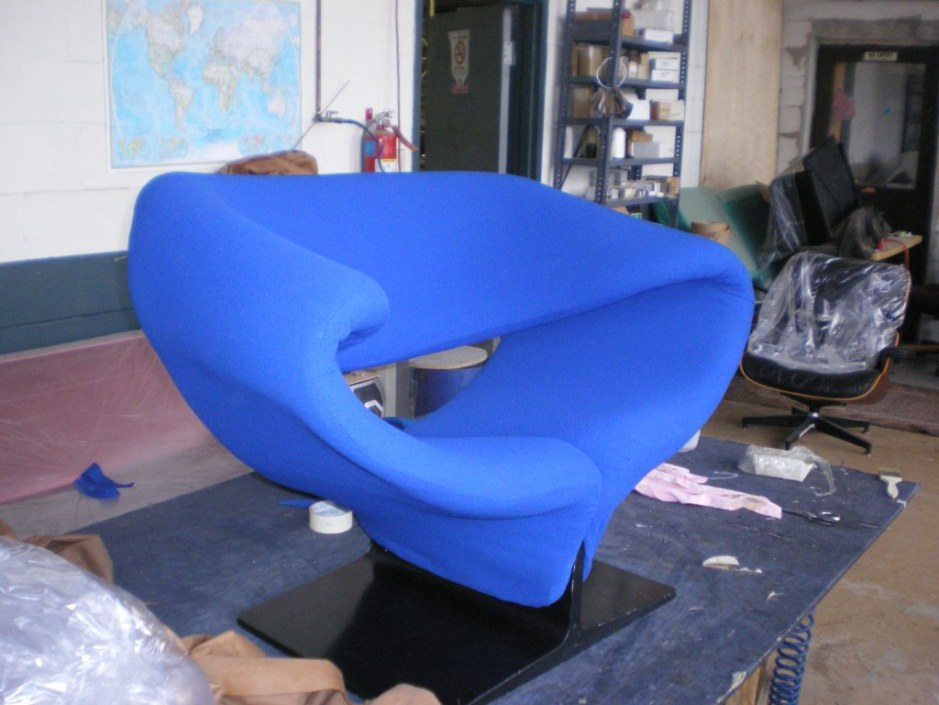 Pierre Paulin Ribbon Chair during restoration