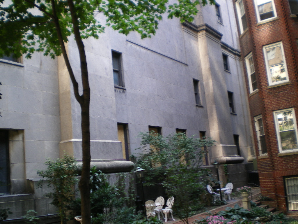 Side view of First Church of Christ Scientist on 10W 68th St., New York City