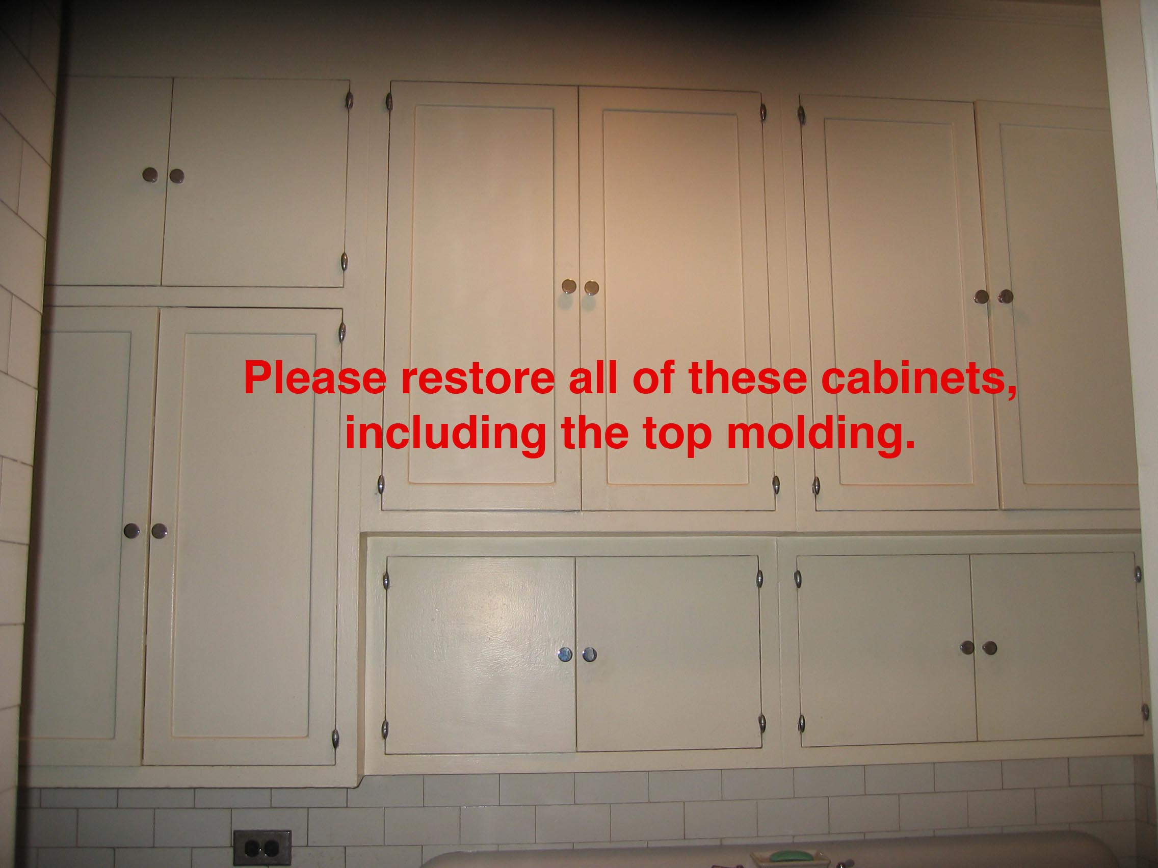 Steel Painted Kitchen Cabinets in Beresford Apartments